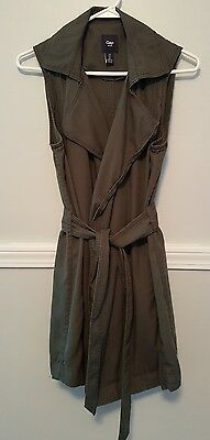 Women's olive green Gap utility vest, size small