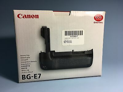 Canon BG-E7 Genuine Canon Product Battery Grip for EOS 7D Excellent As New