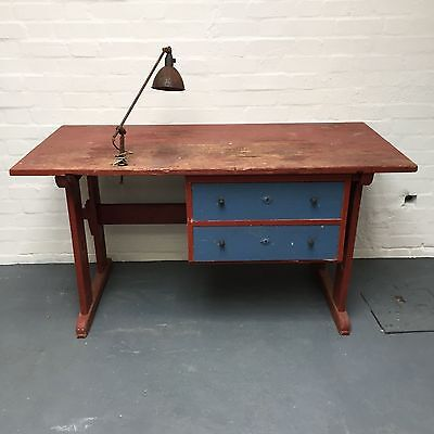 VINTAGE INDUSTRIAL WORKBENCH DESK TABLE w/ LAMP RETRO MID CENTURY (east London)