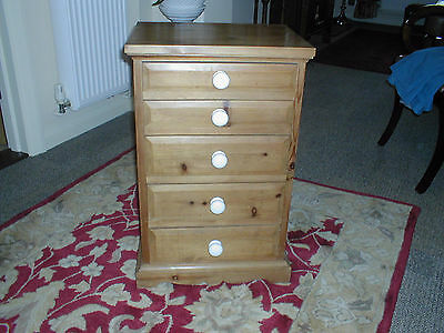 Antique pine small wellington chest/ chest of drawers