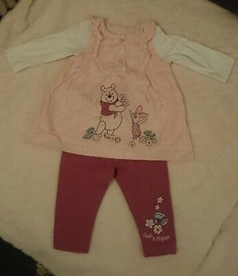 Winnie the Pooh and Piglet Girls Outfit 0-3 mnths