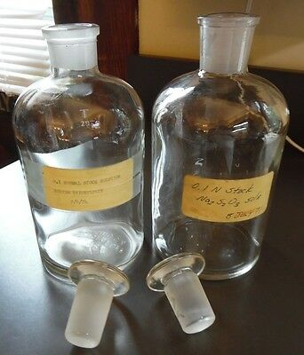 2 Vintage Pyrex  Apothecary Lab Bottles w/ Glass Stoppers