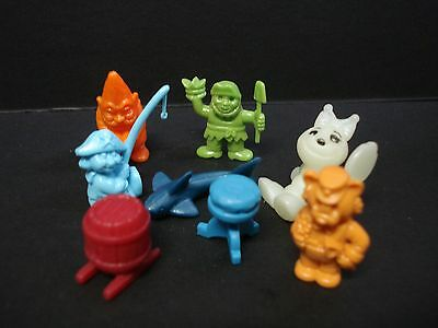 Vintage Kinder Surprise Lot Of Eight ** Tiny Minature**  Figures