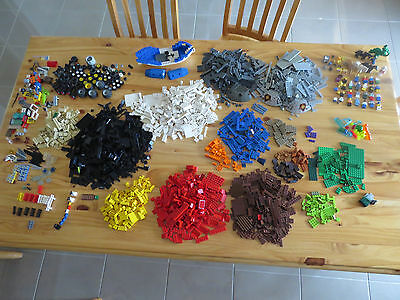 Massive Amount Of Lego - 4.5 Kilo -  All Pieces In Excellent Condition