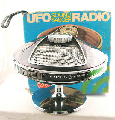 70's Vintage GE General Electric UFO Sound Saucer Portable Transistor Radio Box