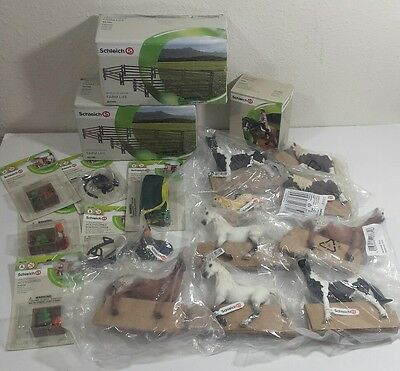 Schleich Farm Horse Lot fence Accessories New 19 pieces Germany