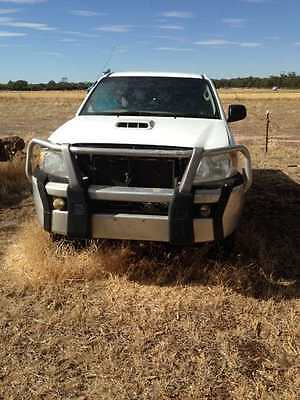 Toyota Hilux 07 For Parts