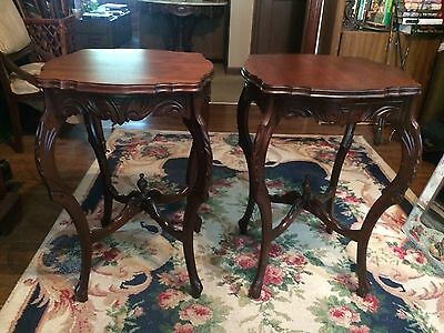 Set of 2 Early American Federal end tables rare