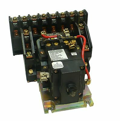 Square D 8903LX01000 Lighting Latching Contactor W/ 120 V Coil (N3)