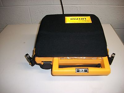 Physio-Control Lifepak 500 with case, battery & Defibrillator electrode pad