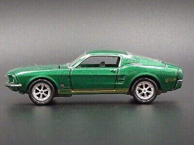 1968 Ford Mustang Shelby Gt350 Fastback 1:64 Rare Diorama Diecast Model Car