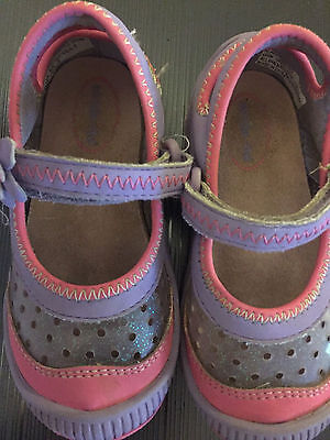 Toddler Girl's Stride Rite shoes Size 6