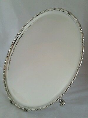 An Edwardian sterling silver Salver. London 1902. By J H & H Barraclough.
