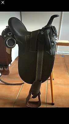 """NEW LEATHER STOCK SADDLE WITH HORN (with girth/stirrups) FULLY MOUNTED 15"""""""