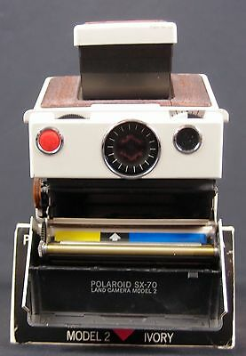 Ivory Polaroid SX-70 Model 2 Instant Land Camera **Tested & Working**