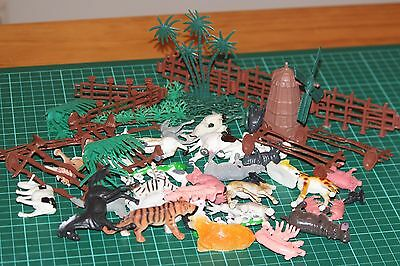 Toy farm & zoo animals, fences, accessories plastic - very good condition