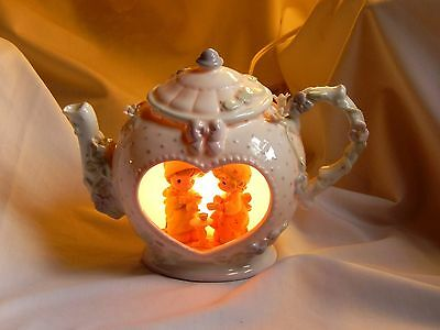 "Precious Moments 1992 Teapot Night Light Lamp ""Our Friendship Hits the Spot"""
