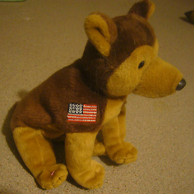 """Ty Beanie Baby """"courage"""" The Dog Flag Mwmt"""