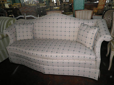 SOUTHWOOD Curved Back Sofa, Charming Sofa in Ivory/Blue Pattern, Down Couch 323A