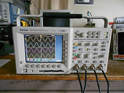 Tektronix TDS3034B 300 MHz 2.5GS/s 4 Channel Oscilloscope / DSO. LOADED!!!