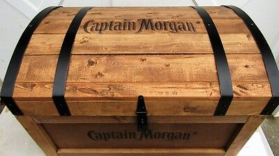 New Large Big CAPTAIN MORGAN TREASURE CHEST DRINK BEVERAGE COOLER