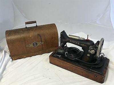 Vintage Singer Portable Electric Sewing Machine w/Original Carrying Case 1925