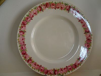 Royal Doulton Roses Raby Rose D5533 Dinner Plates 9 available