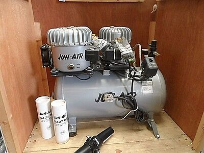 Jun-Air 18-40 Lubricated Quiet 40 Ltr Compressor.