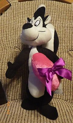 "Sugar Loaf Looney Tunes 16"" Pepe Le Pew Plush Stuffed Toy Skunk With Heart"