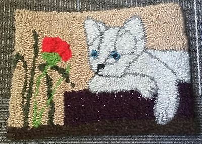"""Rug Hooking Pattern POPPY on Red Dot Fabric 12"""" X 16"""""""