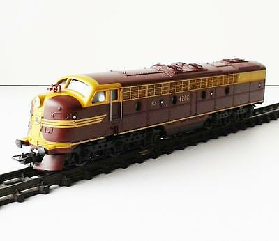 LIMA - AUSTRALIAN NSWGR 4206 - DIESEL LOCOMOTIVE HO guage made in Italy