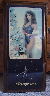 Snap On Pinup Girl Clock