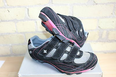 Specialized Riata Women's Mtb Komen Breast Cancer Special Edition Shoe Size 37