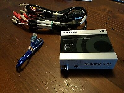 native instruments audio dj 4 scratch dj vinyl  controller with cables 2in 2out