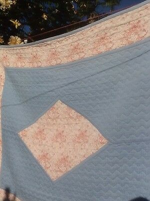 """Quilted Bedspread Vintage """"The Comfy"""""""