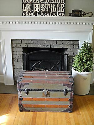 Flat Top Steamer Trunk Foot Locker Coffee Table Antique Vintage Treasure Chest