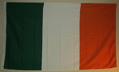 New 3' by 5' Irish Flag. Free Shipping inside Canada!