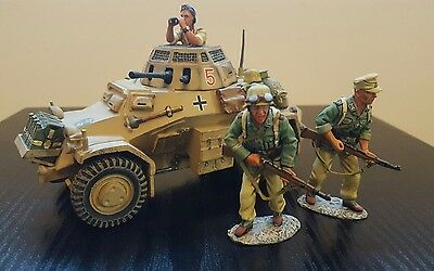 AK 24 WW2 German Desert Afrika Korps Armoured Car with 3 Soldiers Mint in Box