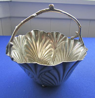 Seashell design basket antique silver plate  Middletown Plate Co  605 USA