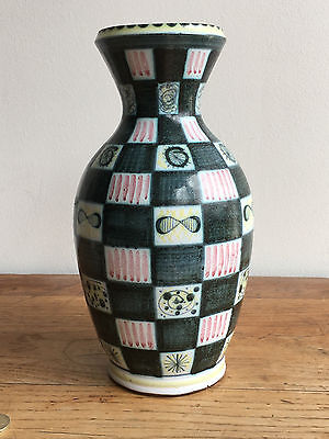 Rare highly collectable Rye unique large vase late 1940s
