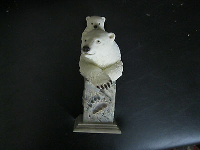 """MCSI polar bears mother and cub finely detailed resin scuplture 2003 """"Snow Cone"""""""