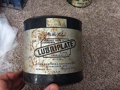 Vintage Quaker State, Lubripate, Veedol, Dosal, & Thinzit Cans