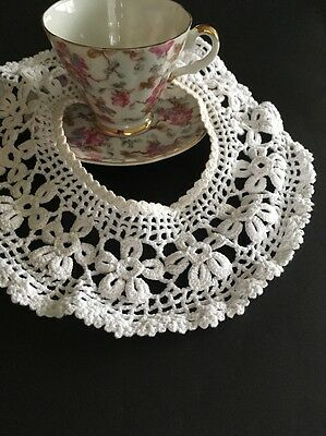 Vintage White Cotton Crocheted Lace Collar