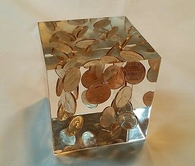 """Lucite Cube Vintage Paper Weight 25 Pennies 1970 Inside 3""""x3"""""""