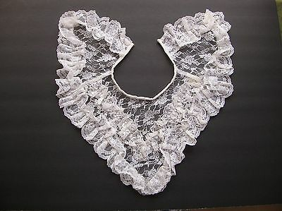 Vintage ruffled lace collar white floral pattern lace