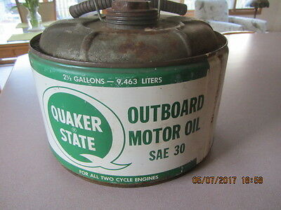 Vintage 2 1/2 Gallon Quaker State Outboard Motor Oil Can