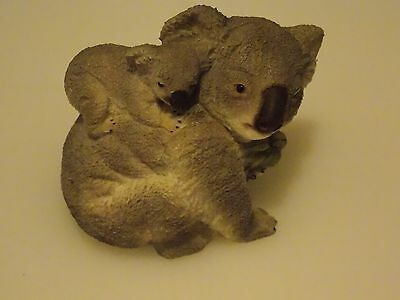 COLLECTABLE, DECORATIVE KOALA MOTHER and BABY BEARS