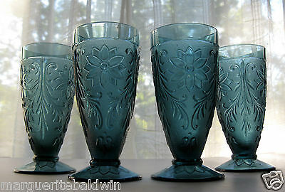Tiara Indiana Glass 4 Bicentennial Blue Sandwich 10 ounce Footed Tumblers