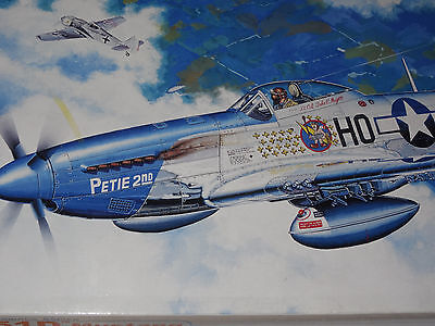 """Dragon<>Warbirds Series<>North American<>P-51D """"mustang""""<>1/32 Scale<>Mib"""