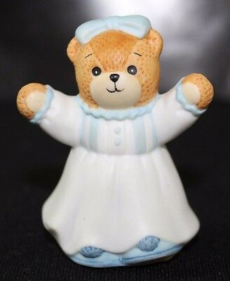 """LUCY RIGGS COLLECTIBLE -LUCY & ME """"1990 Signed Lucy  girl bear with open arms"""""""